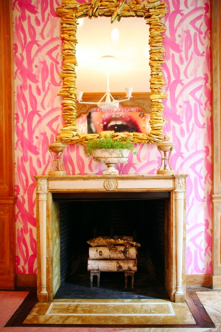 Pink and white graphic wallpaper in an Interior Design by Cayley Barrett