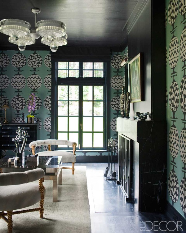A Kelly Wearstler designed sitting rrom with de Gournay wallpaper