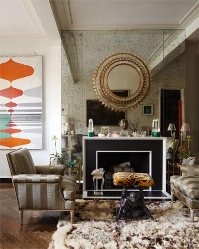 A brilliant mirrored mix by designer Todd Alexander Romano in his own Manhattan home. Photo via Elle Decor